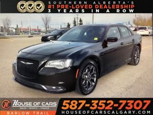 2017 Chrysler 300 S /Sunroof / Leather / Back Up Cam