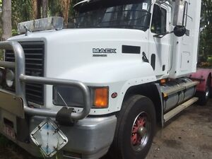MACK ELITE CH 2001, 70t GCM, PTO & HYDRAULICS Ormeau Gold Coast North Preview