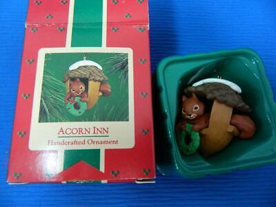 Vintage Hallmark 1986 Acorn Inn Squirrel Christmas Tree Ornament ~MINT in Box!