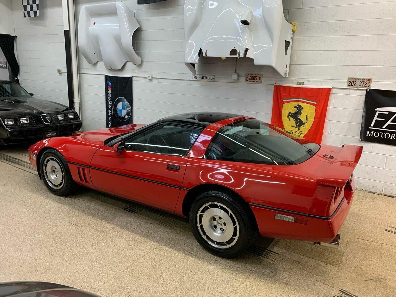 1986 Red Chevrolet Corvette   | C4 Corvette Photo 10
