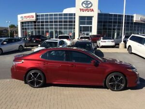 2018 Toyota Camry XSE -JUST LIKE NEW -SAVE $$!! VERY LOW KM'S! L