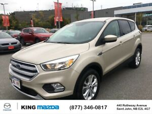 2017 Ford Escape SE AWD..2.0L 4 cyl Turbo..Heated Seats..Blue...