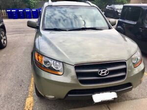 Hyundai Santa Fe 2008 Super Low Mileage