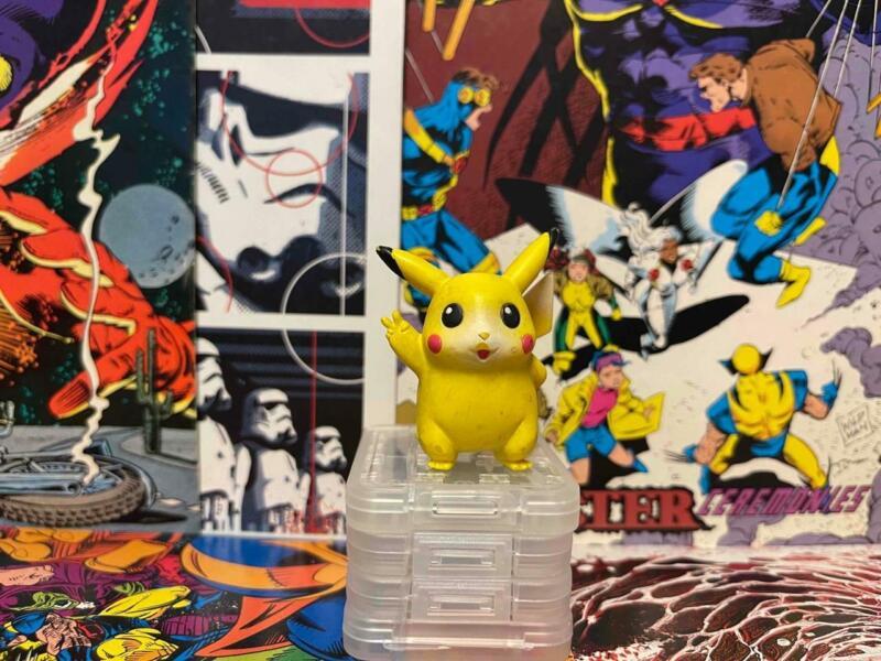 Pikachu Pokemon Figure Tomy Nintendo