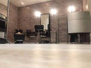 Beautiful Hairdresser for sale Varsity Lakes Gold Coast South Preview