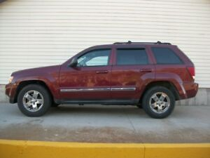 2007 Jeep Cherokee LAREDO 4X4 WITH LEATHER