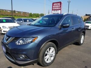 2014 Nissan Rogue SV CLEAN CAR PROOF REPORT !!  ONE OWNER !!