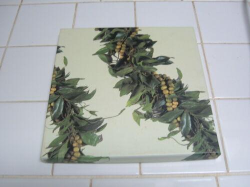 """KAUAI MEMORIES"" KEEPSAKE - JOURNAL - NOTE BOOK W/ISLAND WIDE PICTURES in BOX"