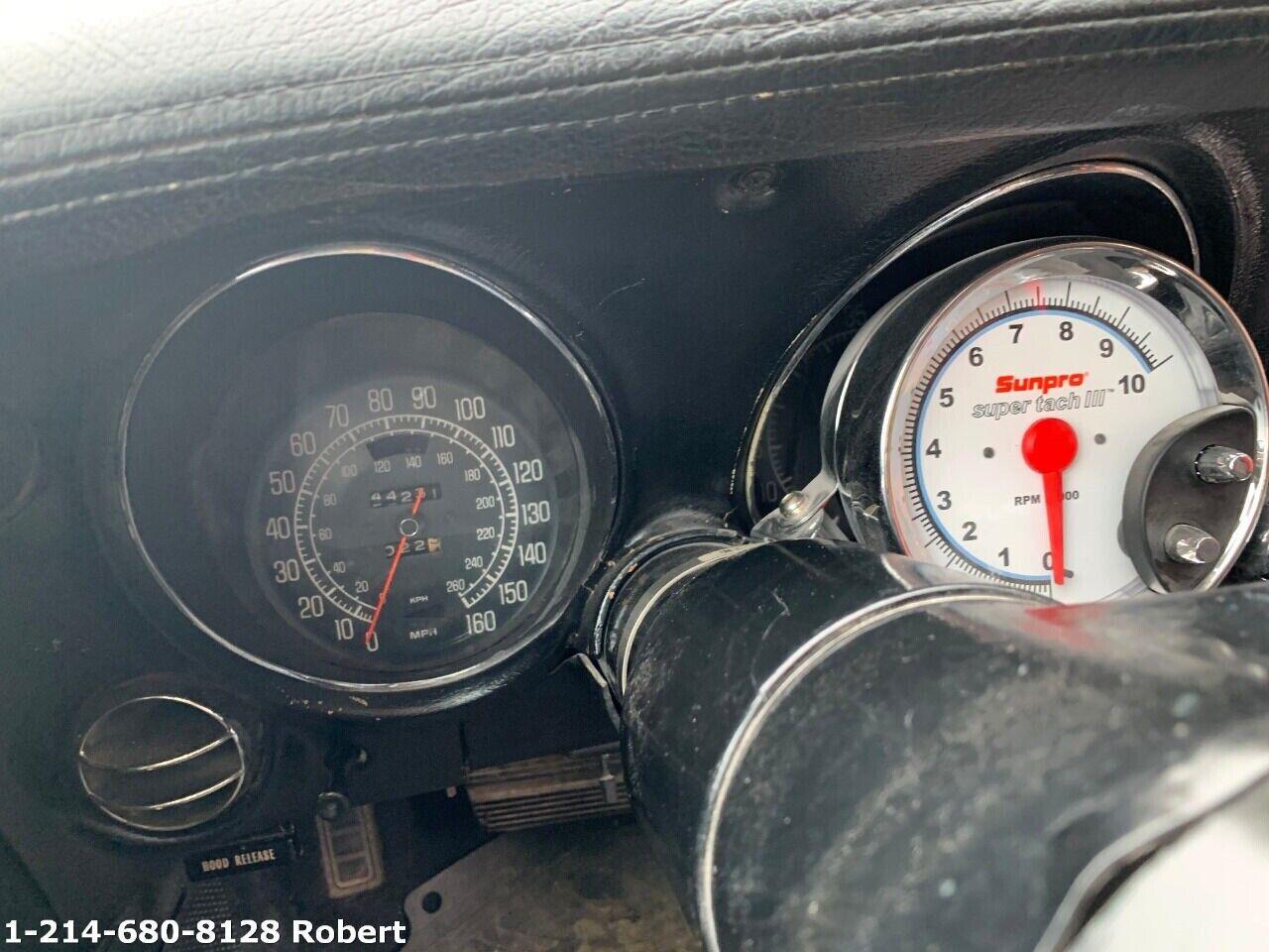 1976 Red Chevrolet Corvette     C3 Corvette Photo 8