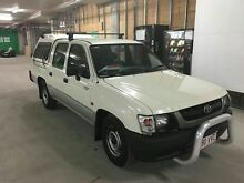 Toyoya Hilux 2004 Ormeau Gold Coast North Preview