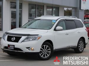 2013 Nissan Pathfinder SL 4X4 | HEATED LEATHER | BACK UP CAM