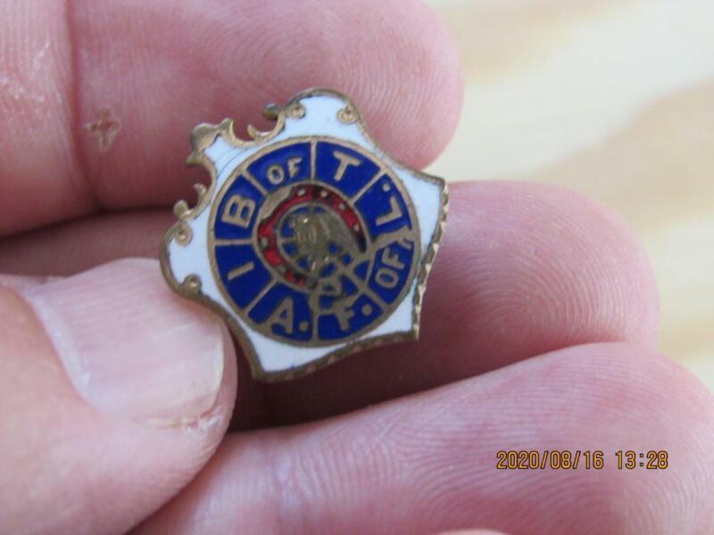 Rare Antique Brotherhood of Railroad Trainmen Train Screwback Pin Union  (20H2)