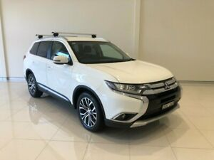 2017 Mitsubishi Outlander ZK MY18 LS 2WD White 6 Speed Constant Variable Wagon Macksville Nambucca Area Preview