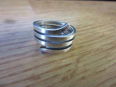 Authentic GUCCI Spiral Sterling Silver 925 Ring Size 6 1/2