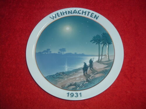 """ROSENTHAL  1931 Christmas Plate, 8 1/2"""", Mint, Original Issue with holes for han"""
