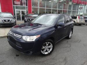 2014 Mitsubishi Outlander SE/4X4/7 PASSAGERS/BLUETOOTH/TOIT OUVR