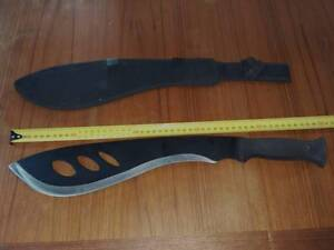 Big Hunting  Machete / Knife - New in sheath Bairnsdale East Gippsland Preview