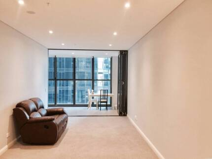 New 1 bedroom apartment in Wentworth Point for Sale by owner!