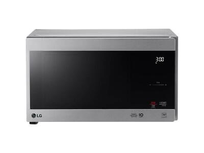 LG  0.9 cu. ft. NeoChef Countertop Microwave with Smart Inve