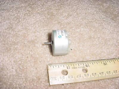 Small Dc Electric Motor 1.5-12 Vdc 2180 Rpm 11g-cm M30