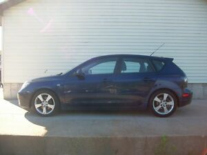 2005 Mazda 3 AUTOMATIC SPORTY HATCHBACK