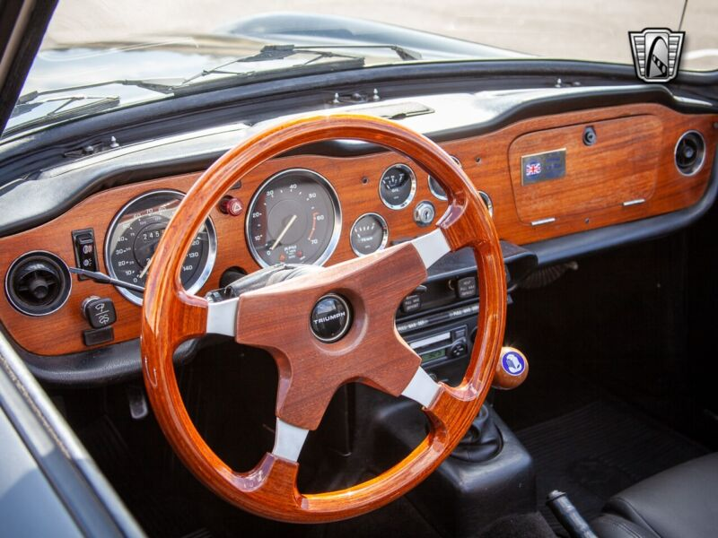 Image 12 Voiture American classic Triumph TR-6 1973