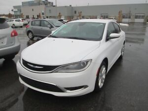 2015 Chrysler 200 *AUTOM*A/C*BLUETOOTH*LIMITED*MAGS*