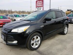 2015 Ford Escape SE NAVIGATION !!  SUNROOF !! BLUE TOOTH !!