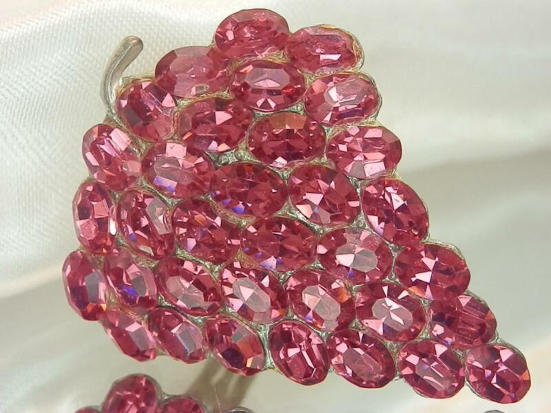 Stunning Pink Strawberry Sparkle Crystal Rhinestone Dress Clip Vintage 20s 176F0