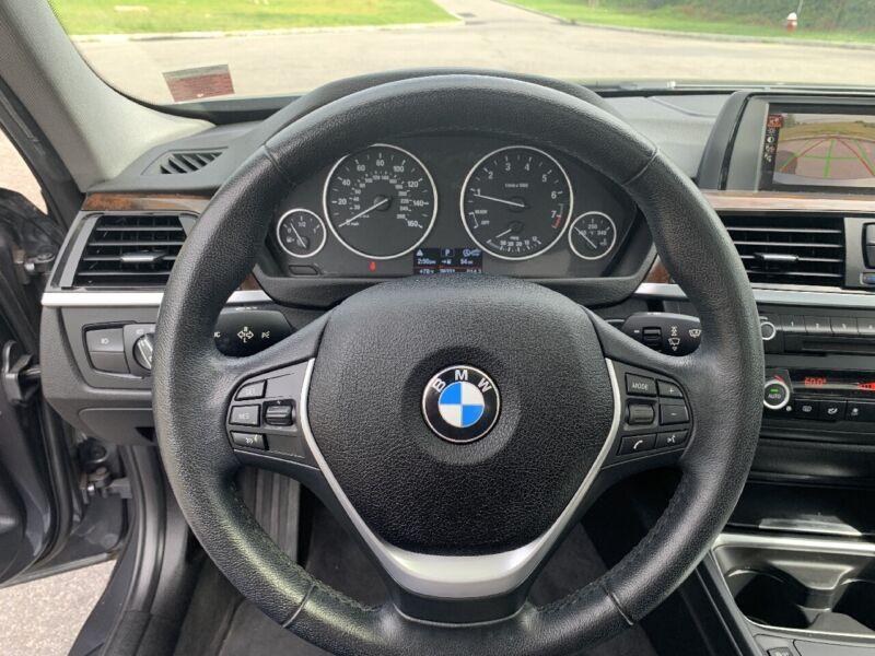 Image 19 Voiture Européenne d'occasion BMW 3-Series 2015