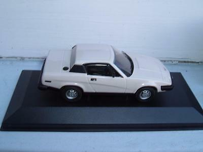 VANGUARDS VA10502 TRIUMPH TR7 IN WHITE VERY CLEAN WITH ITS BOX