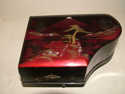 VINTAGE BEAUTIFUL JAPANESE JEWELRY MUSIC BOX HAND PAINTED