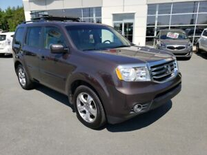 2012 Honda Pilot EX-L AWD. 7 Pass. Leather, roof. Undercoated.
