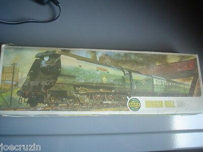 AIRFIX OO SCALE BRITISH RAIL BATTLE OF BRITAIN BIGGIN HILL Loco engine KIT HO
