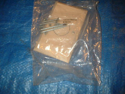 Western Electric Bell System Wall Plate Telepohne Beige 103658498 65B50 NEW NOS Telefon Wall Plate