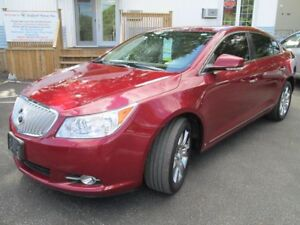 2010 Buick LaCrosse CXL-SHOWROOM CONDITION -AWD