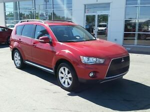2012 Mitsubishi Outlander XLS AWD Leather Roof