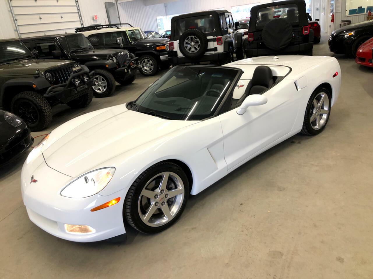 2005 White Chevrolet Corvette Convertible  | C6 Corvette Photo 1