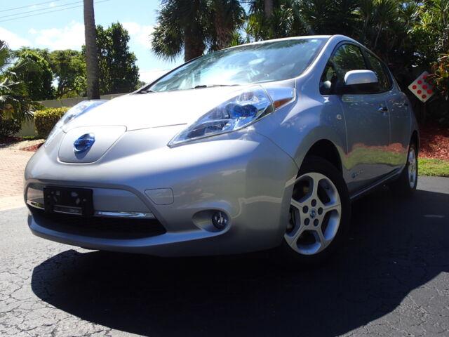 Imagen 1 de Nissan Leaf  silver