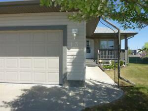 13 Windermere CO Fort Saskatchewan, Alberta