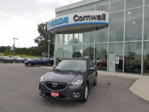 2014 Mazda CX-5 GS AWD at LOW MILEAGE AWD CROSSOVER!