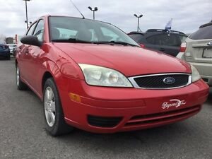 2007 Ford Focus ZX4,A/C,GROUPE ÉLECTRIQUE,AM/FM/CD