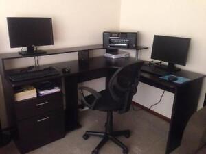 Computer Corner Desk Deer Park Brimbank Area Preview