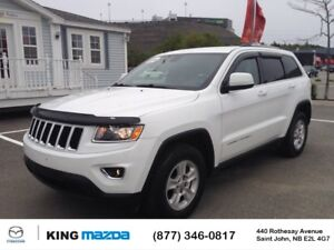 2015 Jeep Grand Cherokee Laredo- $219 B/W LOW KMS..AUTO..HEATED