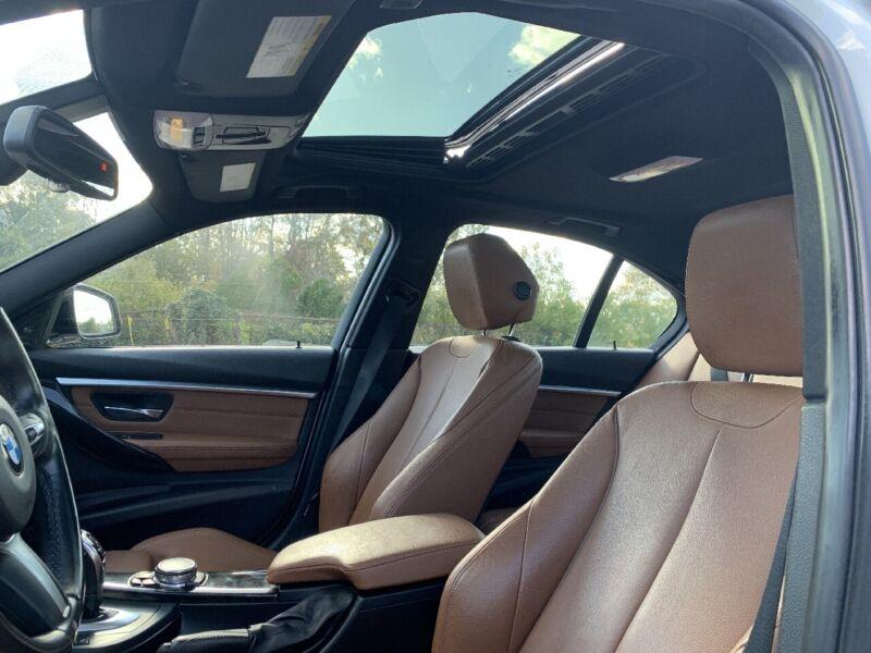 Image 18 Voiture Européenne d'occasion BMW 3-Series 2016