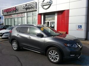 2017 Nissan Rogue SV AWD 4X4 TOIT PANO ROOF
