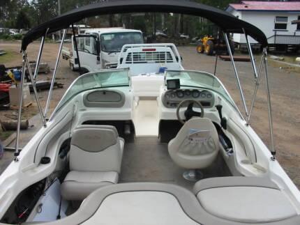 Rae Line Bowrider 5.4m Boat