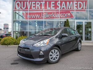 2013 Toyota Prius C GROUPE ELECT. CLEAN CARPROOF CLEAN CARPROOF