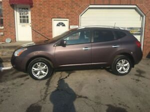 2010 Nissan Rogue SL 2.5 4 cyl Heated Cloth New tires and brakes