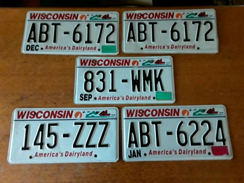 LOT OF 5 WISCONSIN LICENSE PLATES - VERY GOOD CONDITION
